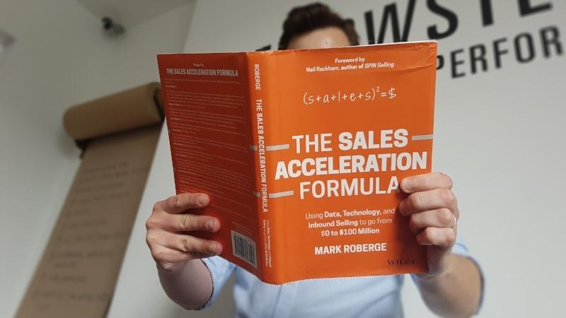 The Sales Acceleration Formula - B2B sales book